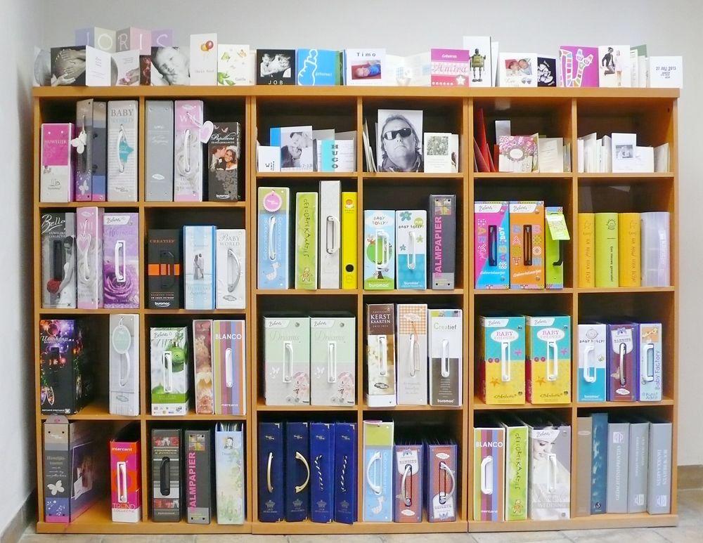 boeken met diverse kaarten